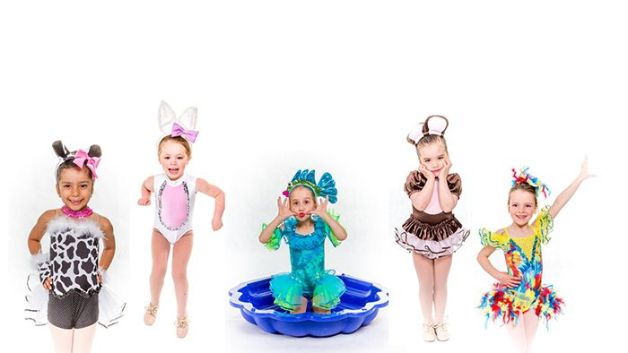 Minis Sing & Dance